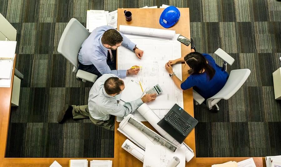 A Ictus Solution conta com profissionais qualificados para realizar serviços especializados na elaboração de projetos.